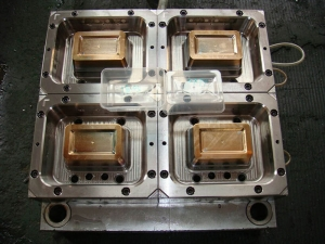 Thin-wall-food-container-mold